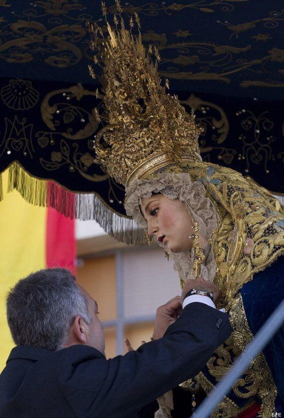 Condecoración a la Virgen de Amor de Málaga: Interior le impone la Medalla de Oro al Mérito