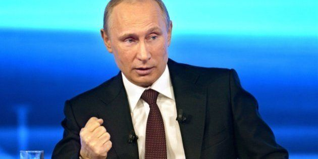 Crisis ucraniana: Putin dice que espera no tener que hacer uso del derecho a enviar