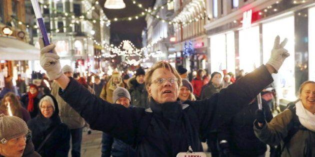 Protestas en Oslo contra la entrega del Nobel de la Paz a la Unión