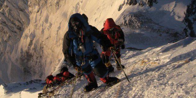 Avalancha en el Everest: mueren al menos 12 sherpas en el alud más grave en ocho