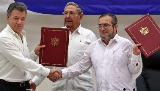 El histórico acuerdo entre el Gobierno de Colombia y las FARC, en 7