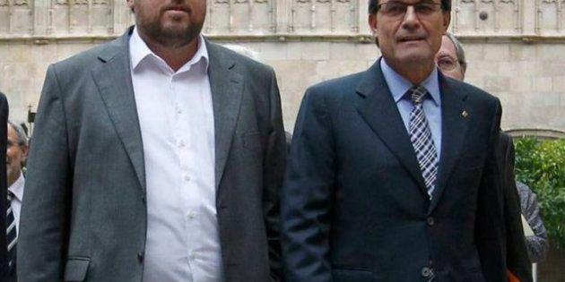 CiU y ERC alcanzan un acuerdo para celebrar una consulta soberanista en 2014, aunque sin concretar