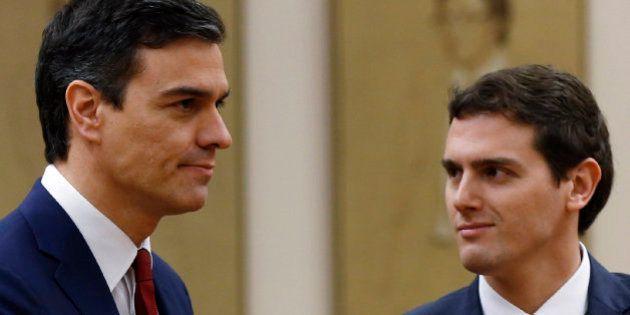 Albert Rivera avisa a Pedro Sánchez de que solo apoyará el pacto