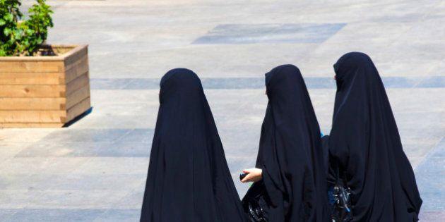 Uso del burka en España, ¿problema real o