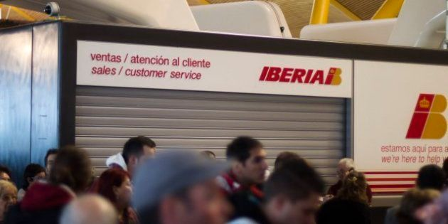 Los sindicatos descartan una huelga en Iberia tras alcanzar un preacuerdo con la