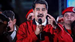 Maduro escanea en directo su carné para votar y la pantalla dice que