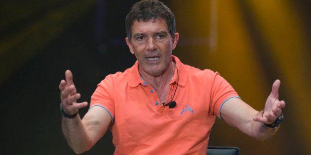 Antonio Banderas también aboga por la abstención del PSOE en la investidura de