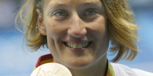 Mireia Belmonte gana la primera medalla para España en los