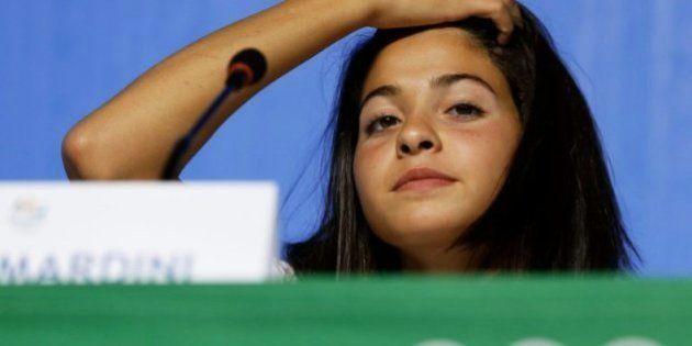 Yusra Mardini firma el debut del equipo de refugiados ganando su serie de 100