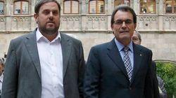 Acuerdo de Gobierno entre CiU y ERC: Habrá consulta en