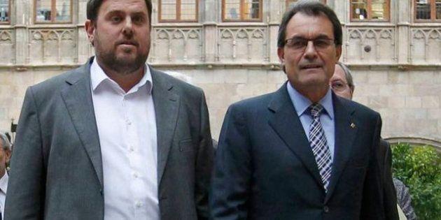 CiU y ERC llegan a un acuerdo de Gobierno: Habrá consulta en