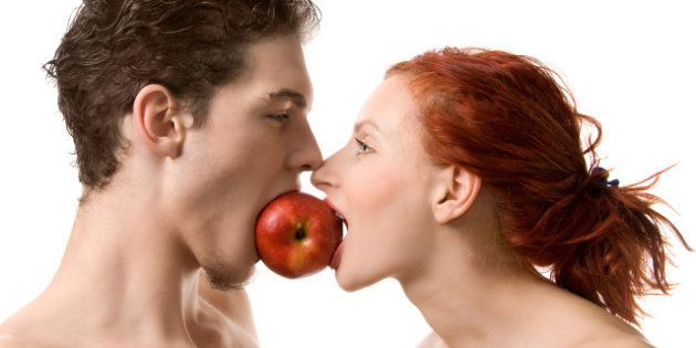Pregunta del millón en el Congreso: ¿Adán y Eva sucumbieron con manzana o un
