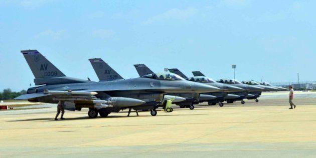 EEUU despliega seis cazas F-16 en Turquía en apoyo a la lucha contra el Estado