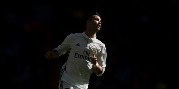 Cristiano Ronaldo renueva con el Real Madrid hasta