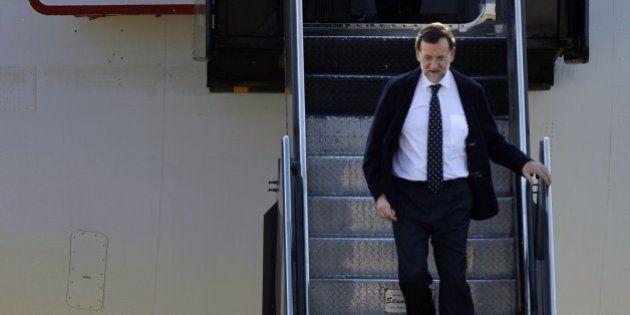Una luz de alerta en el avión de Rajoy le obliga a regresar a