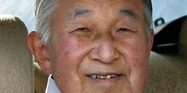 El emperador de Japón anuncia su deseo de abdicar por su avanzada