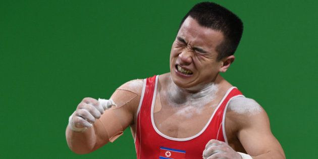 Un atleta norcoreano pide perdón a Kim Jong-Un tras ganar una plata en los