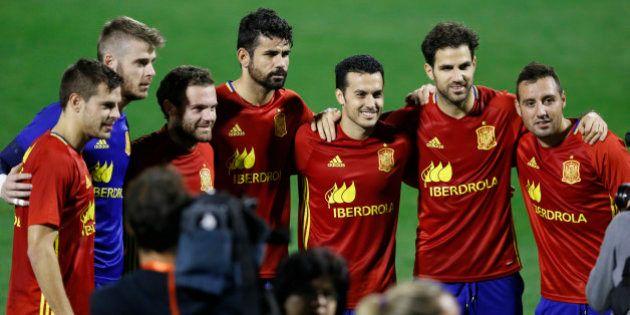 Football - Spain Training - Jose Rico Perez Stadium, Alicante, Spain - 12/11/15 Spain's Cesc Fabregas,...
