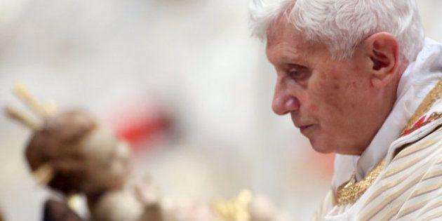 Misa del Gallo 2012: El papa acusa al los no creyentes de quererse solo a sí