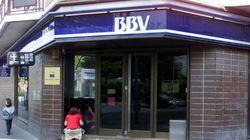 BBVA no cobrará dos euros a los no clientes por usar sus