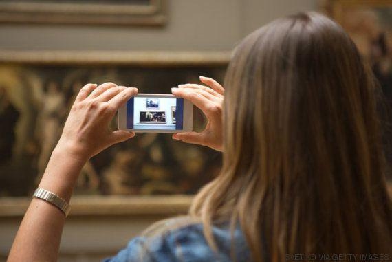 Un estudio explica la obsesión de hacer fotos a cada