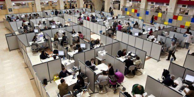 Los empleados públicos recuperan desde hoy todos los 'moscosos' y días por