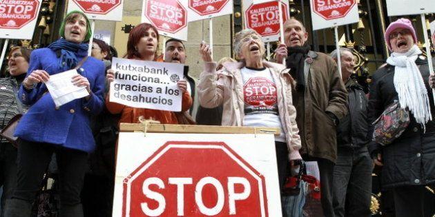 El PSOE propone la dación en pago y suspender durante 3 años la ejecución de