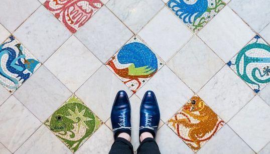 Caminando por Barcelona: los suelos más bonitos de la ciudad