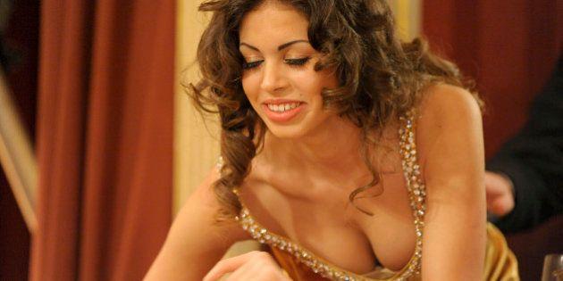 Berlusconi mantuvo relaciones sexuales con Ruby a sabiendas de que era menor, según los