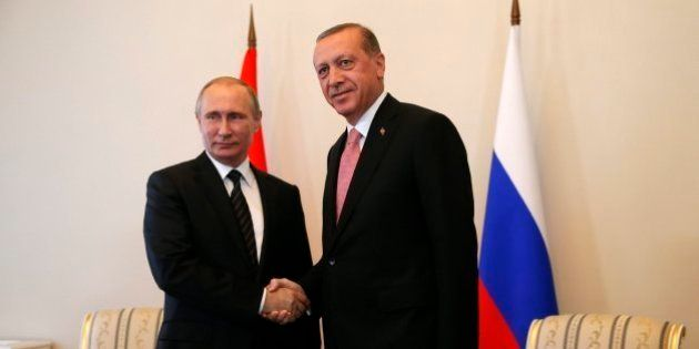 Así es el nuevo tablero internacional de Erdogan tras su reconciliación con