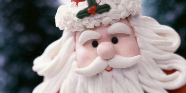 Dos hombres atracan vestidos de Papa Noel un Mercadona de