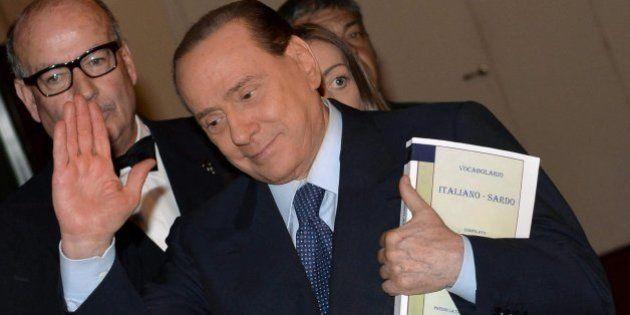 Berlusconi pide hacer servicios sociales para no cumplir su