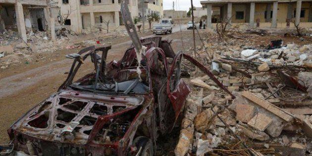 Decenas de muertos en el sur de Siria tras explotar dos coches bomba frente a