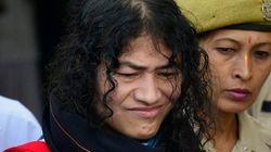 Esta activista india abandona la huelga de hambre más larga del