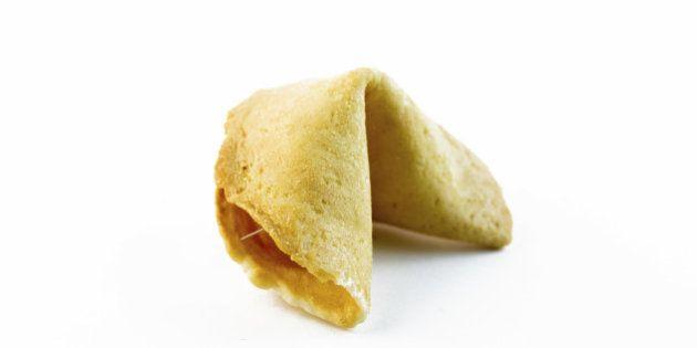 Así se hacen las galletas de la suerte de los restaurantes