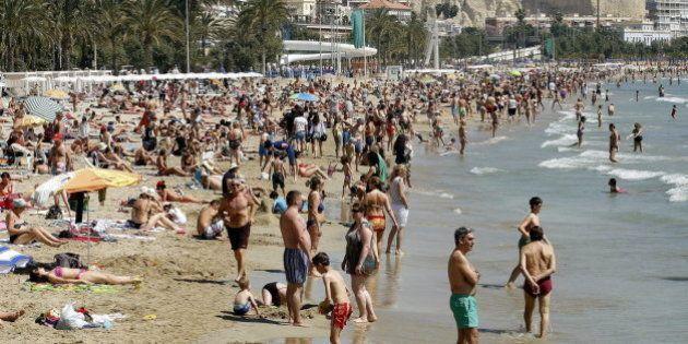 España recibe 10 millones de turistas hasta marzo, un 7,2% más que en