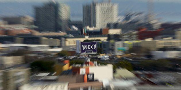 Yahoo asegura que le robaron información de