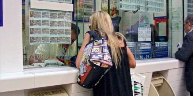 Detenidos los dueños de una administración de lotería por simular atracos durante tres