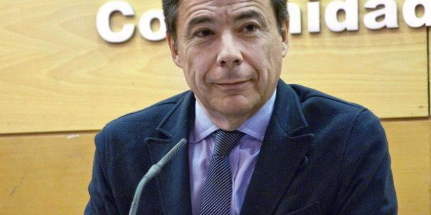 Una juez de Málaga pide a Hacienda información del ático del presidente de la Comunidad de