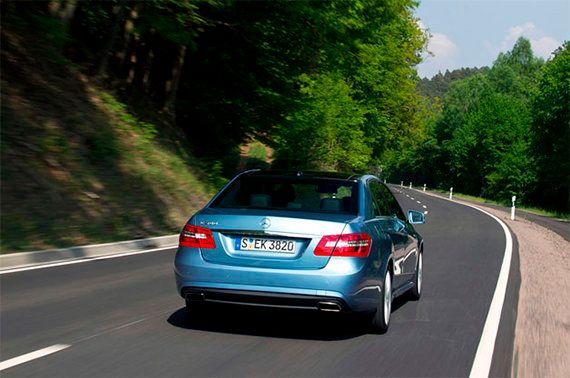 Cruza media Europa tras robarle el coche a su padre, ¡con 13