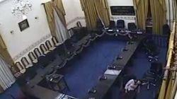 Las cámaras graban cómo un diputado viola a una mujer en