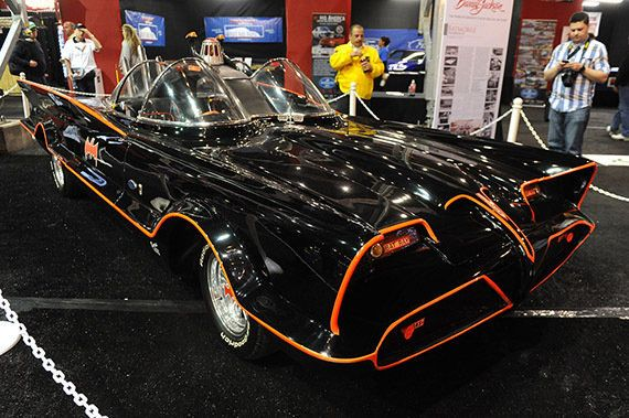 Pagan 4,62 millones de dólares por quedarse con el Batmobile