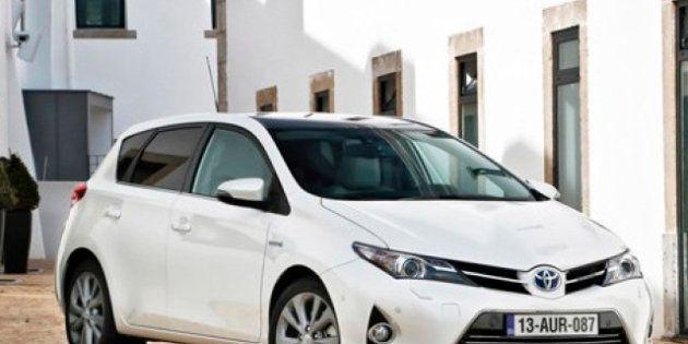 Toyota ataca al Golf en su nueva campaña