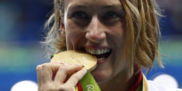 Mireia Belmonte gana la medalla de oro en los 200 mariposa de los