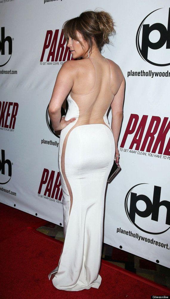Jennifer Lopez o cómo ir desnuda y vestida a la vez