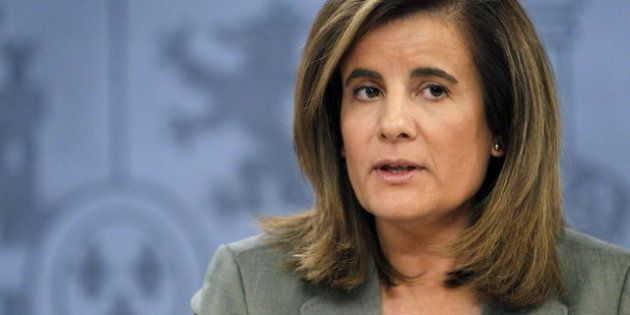 Fátima Báñez dice que con el Plan E se gastó un millón de euros por cada