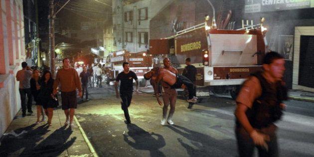 Cientos de muertos en el incendio de una discoteca en Santa María, al sur de