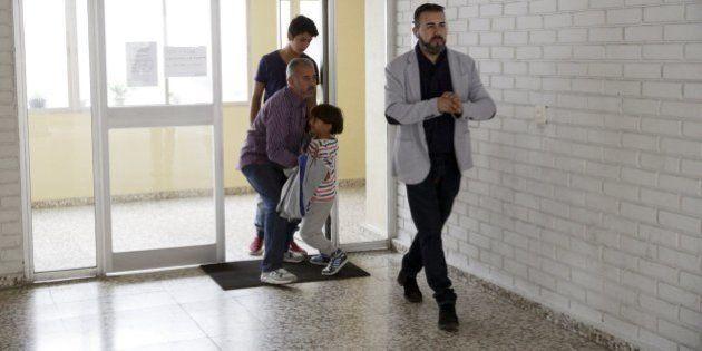 El refugiado sirio zancadilleado ya sabe cuál será su primera misión en la escuela de