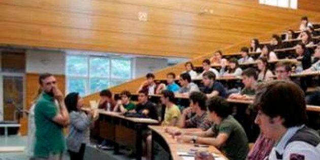 Adiós a las becas Séneca: Los estudiantes creen que su fin