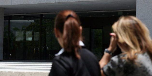 El beneficio del BBVA cae un 44% en 2012 y el resultado de La Caixa un
